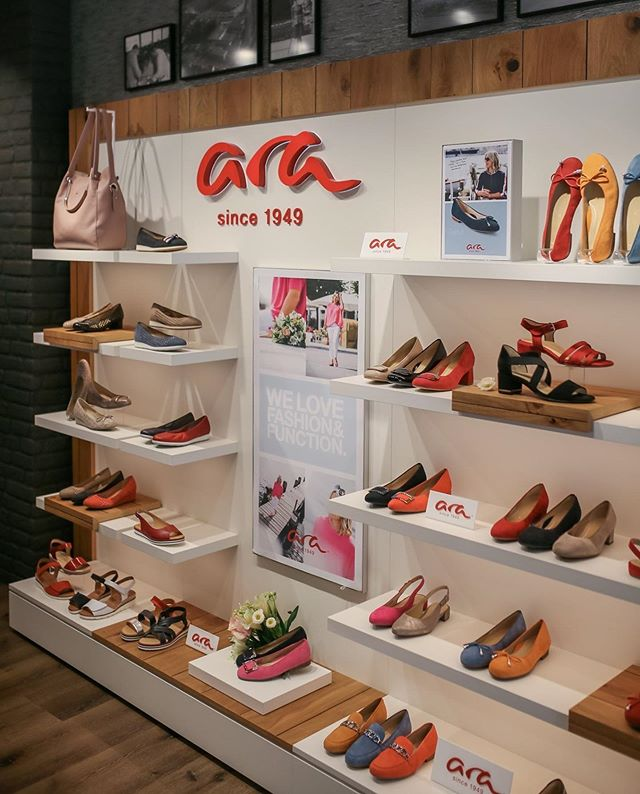 ARA shoes || Visual Merchandising || Regina Pinheiro Studio . . @reginapinheirostudio_vm @arashoes