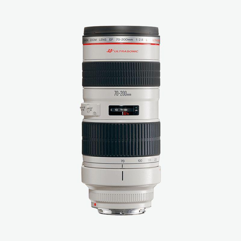 Canon EF 70-200mm f/2.8L IS USM - Tento objektiv používám možná ještě více než 16-35mm. Ať už při špatném počasí na detaily anebo na zkompresování krajiny. Úplně by mě ale stačila f/4 bez stabilizatoru obrazu, která je daleko lehčí a levnější..I use this lens more than my wide lens, to photograph details in a bad weather or to compress the landscape. The f/4 non IS version would potentially be better, as it is cheaper and nearly half the weight.
