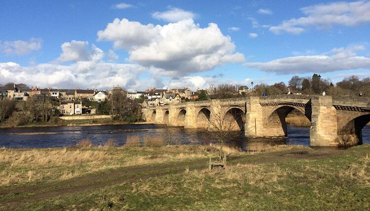 Corbridge bridge and river.jpg