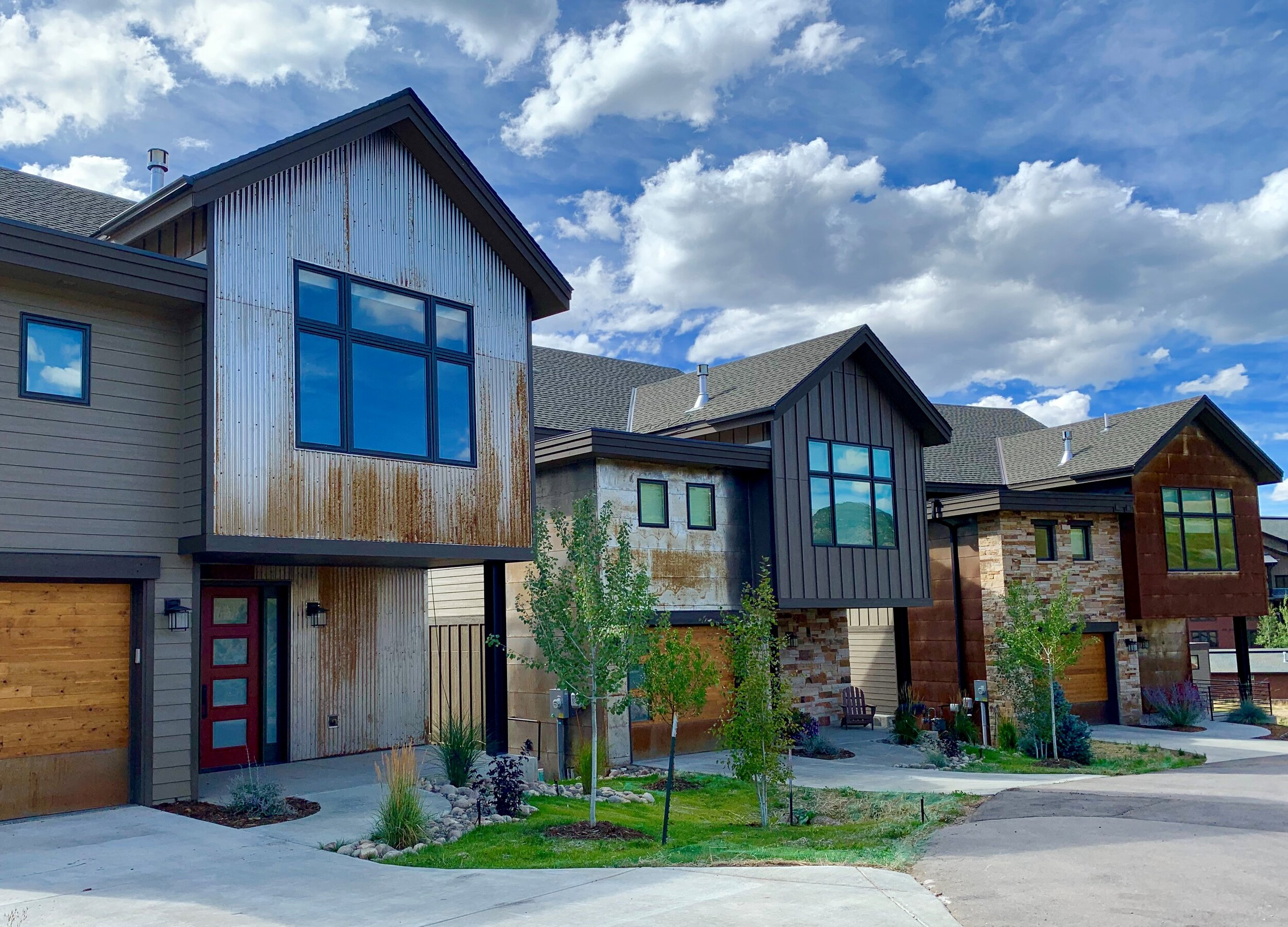 SINGLE FAMILY Home Development - Flat Tops at Wildhorse Meadows