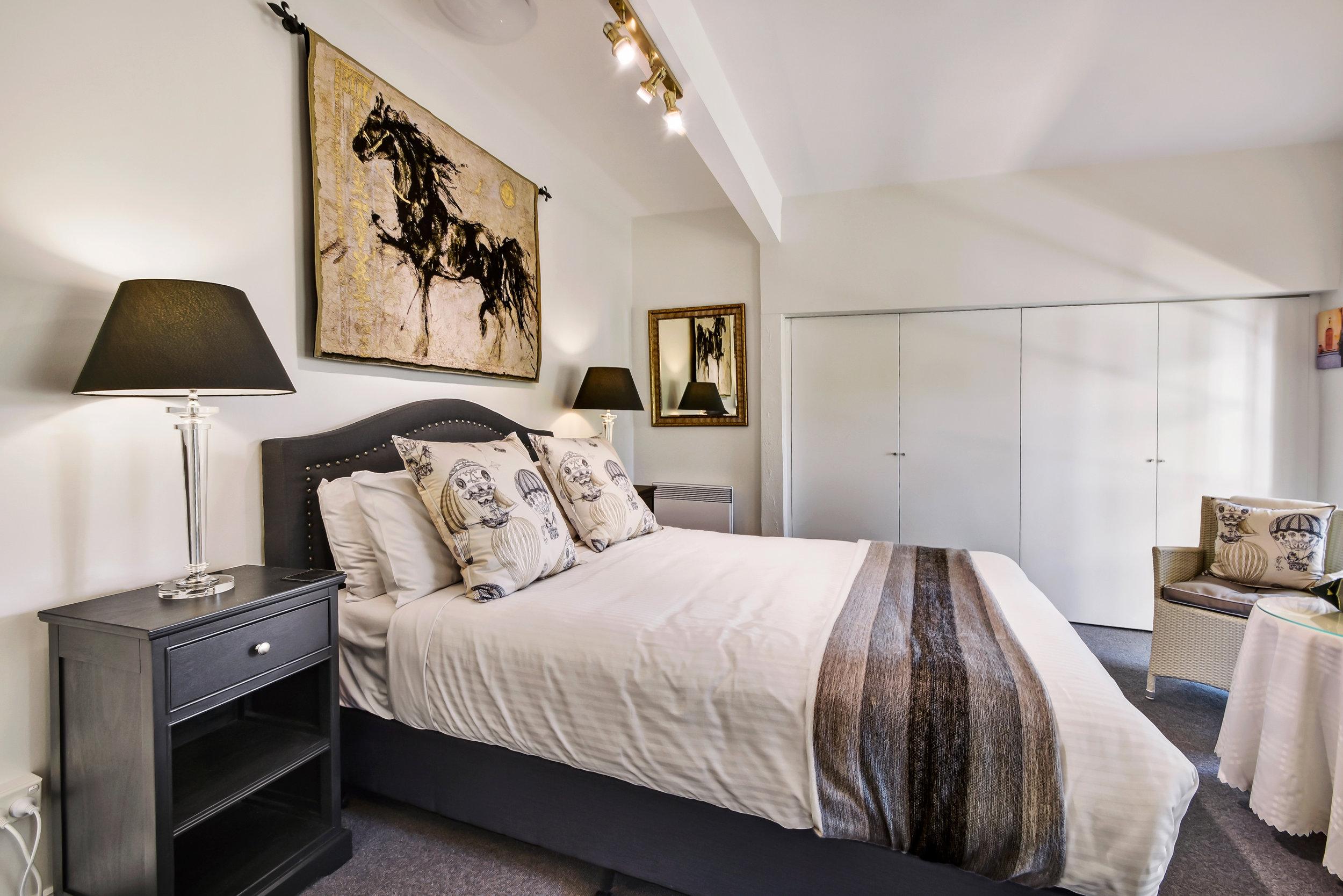 1 Queen bed | max 2 people