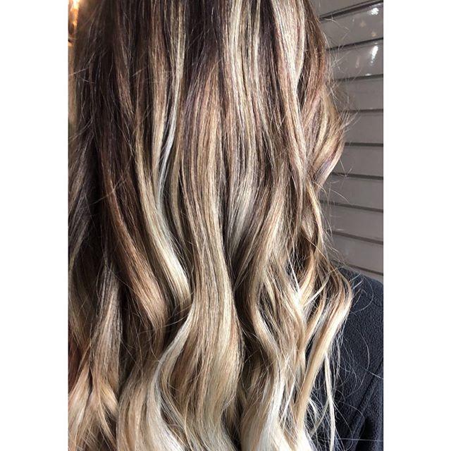 Ribbons of chocolate and blonde 😍 Coloured and styled by @hairwithjem  #blonde #blondehair #brunette #brunettebalayage #blondebalayagae #balayage #hairinspo #modernsalon #waves #hairwaves #kmshair #kmshairau #goldwell #goldwellaus #cloudnine #kevinmurphyhair #kevinmurphy #hobarthair #hobarthairdresser #hobartsalon #hobarthair #Tasmania salon #instahair #longhair #hobarthairstylist #tashairstylist #longhair #goldwellausapproved