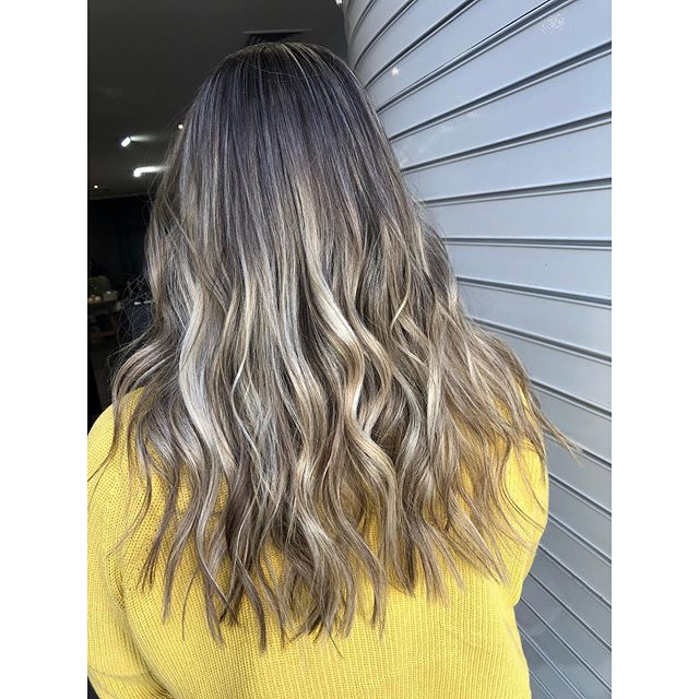 Swipe right for a before photo 😮  So much fun & so much beautiful hair to play with 🥰  Coloured, cut & styled by @haircreatedbynay_  @goldwellaus  #goldwellau #kmsau #genrehair