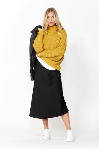 Decjuba Rita Chunky Knit Pullover, $129.95