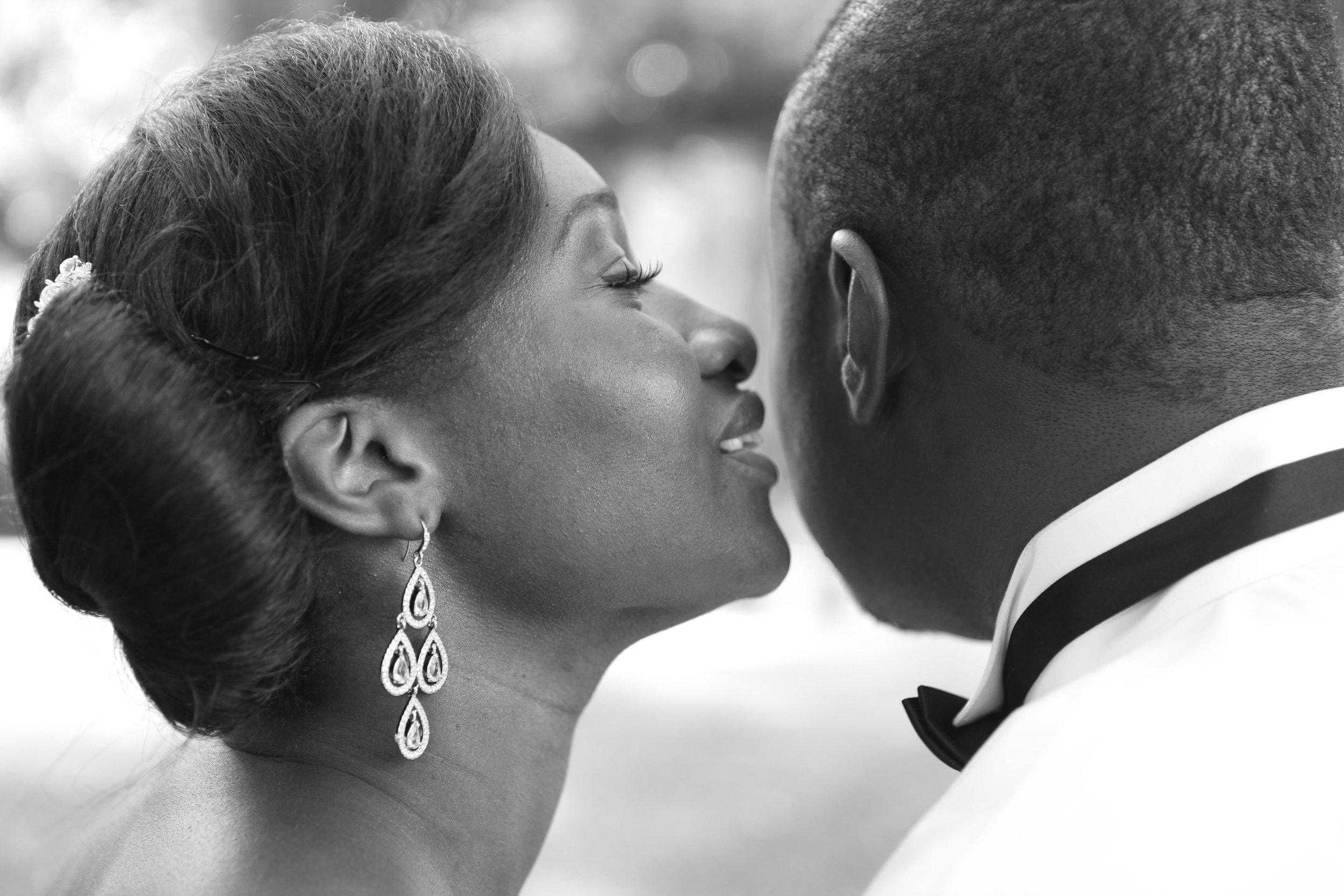 Astrid and Conroy wedding day (465).jpg