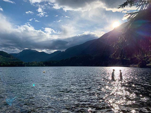 🌲🦌⛺️ #kyaking #camping #lakeside #myloves #summer2019 #beautifulbc #explorebc #intothewoods #vanlife #♥️ #greatwhitenorth #deeresighting
