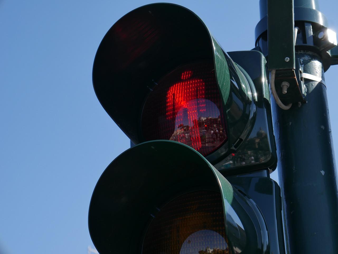 traffic-light-1024826_1280.jpg