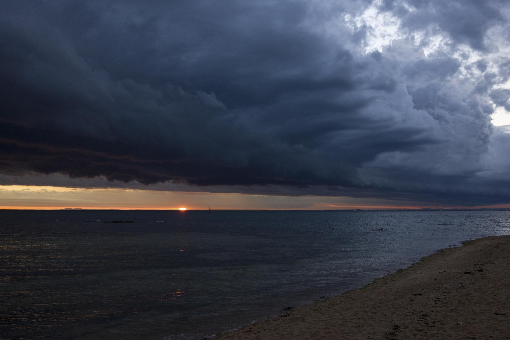 Sunset at Brighton Beach. Melbourne, Australia 2018.  ©  Danny Imson. Leica CL, Leica Summicron-TL 23mm F/2 ASPH