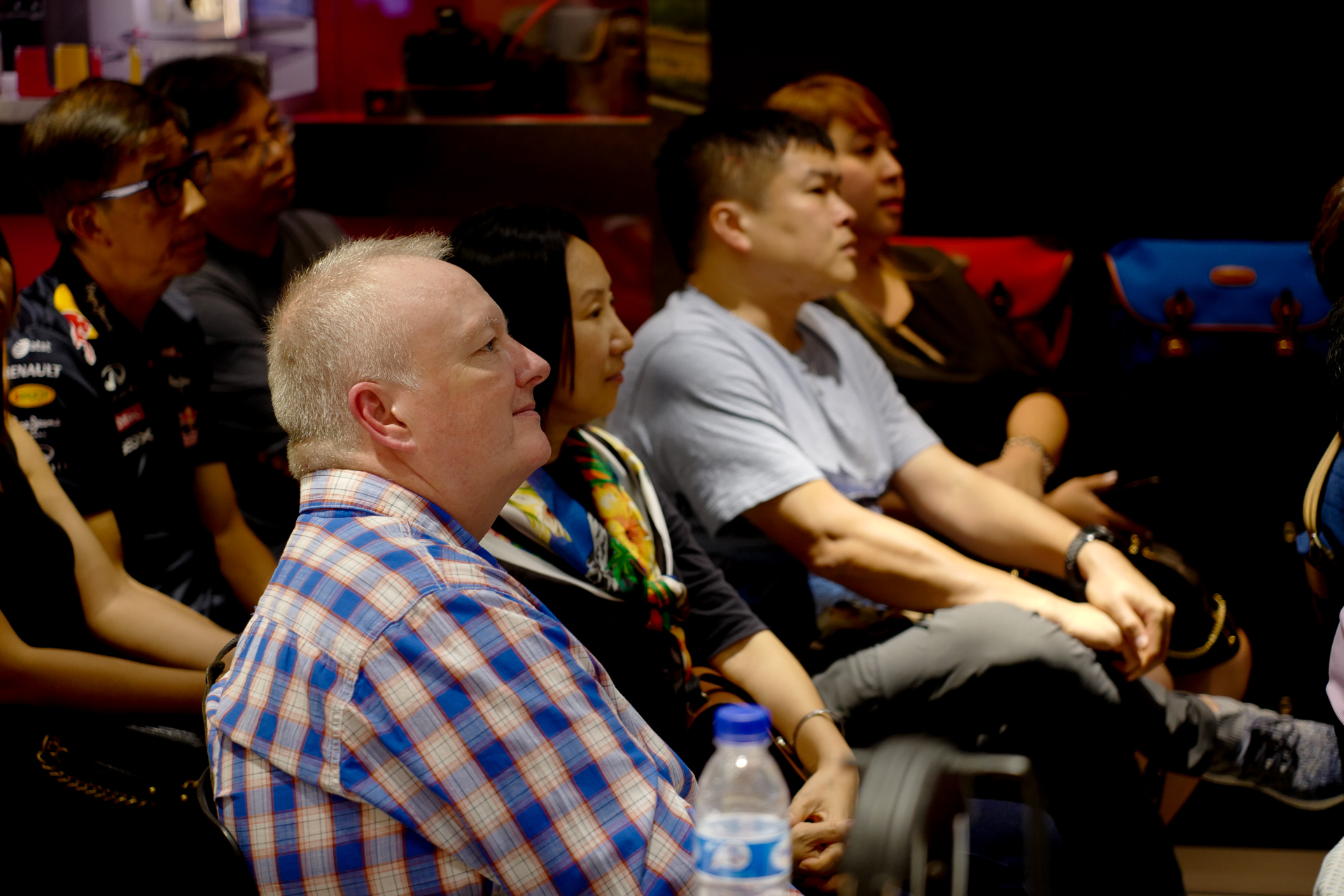 KC_Eng_Singapore_Photographer_L1060894 2.jpg