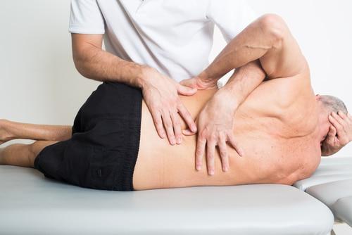 Spinal-manipulation-by-chiropractor.jpg