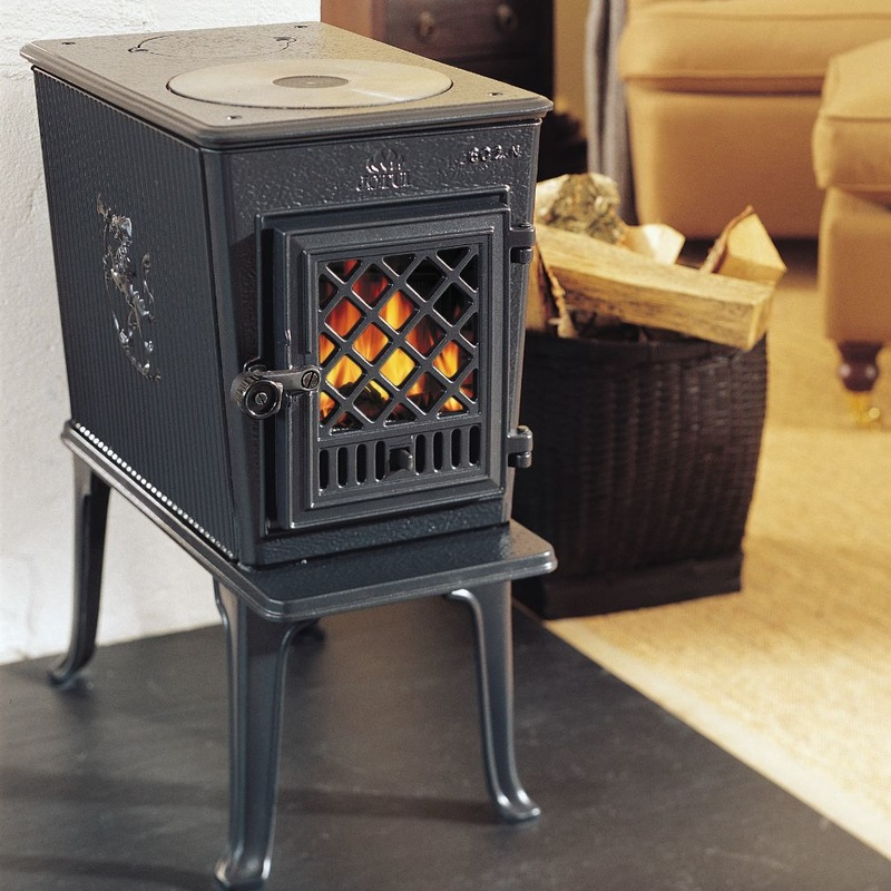 Jotul fireplace, insert, and stove products available in Northern Michigan.
