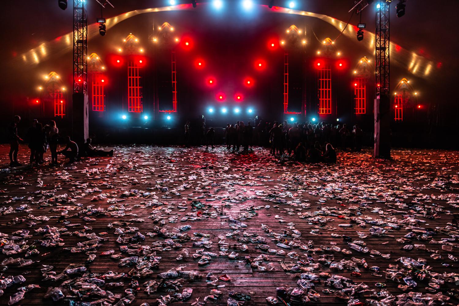 Tanguy van Eeckhoudt 2019 - Trash Rave - 6.jpg