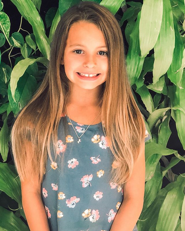 A summer trim for my little beauty! ✂️ . . . . . #hair #trim #summerlook #love #mydaughter #beautiful #tribe