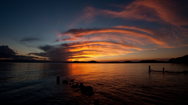Lake Shore Lodge Tz - Lake Tanganyika - Activities - Sunset Cruise - Arch of colours.jpg