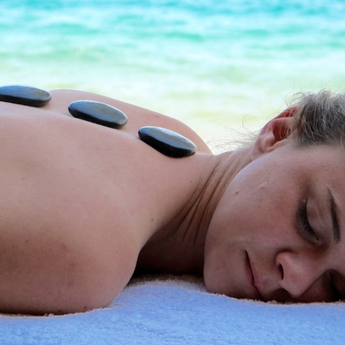 Lake Shore Lodge Tz - Lake Tanganyika - Spa - Massages at Lake Shore.jpg