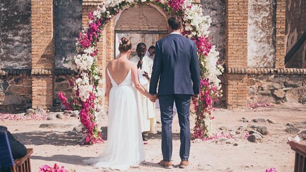 Lake Shore Lodge Tz - Lake Tanganyika - Special events - Wedding - At the alter.jpg