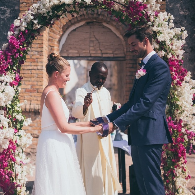 Lake Shore Lodge Tz - Lake Tanganyika - Special events - Wedding - The ceremony.jpg