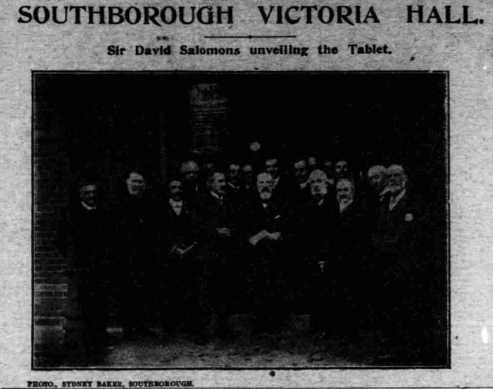 Sir David Salomons pictured centre, from the Courier, 29th of October, 1909.