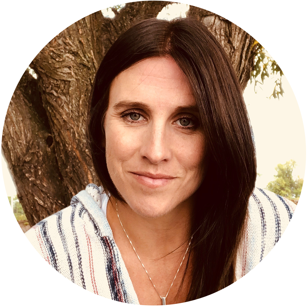 Shaunna Chagnon - Registered Masso-kinesitherapist since 2002Certified Lymphatic therapist since 2010 Currently works at Quanta wellness Center for 7 + yrsDevoted mother of three busy boysAccomplished triathlete, aspiring yogi, dedicated healthy eater.