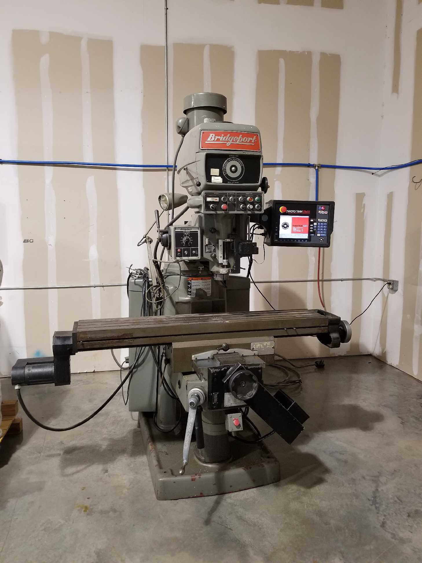 1988 Bridgeport Series II w/SMX ProtoTRAK Control - This machine came out of a technical college, not a production facility. Has been used lightly teaching the next generation of machinist.Request a quote 1988 Bridgeport Series II