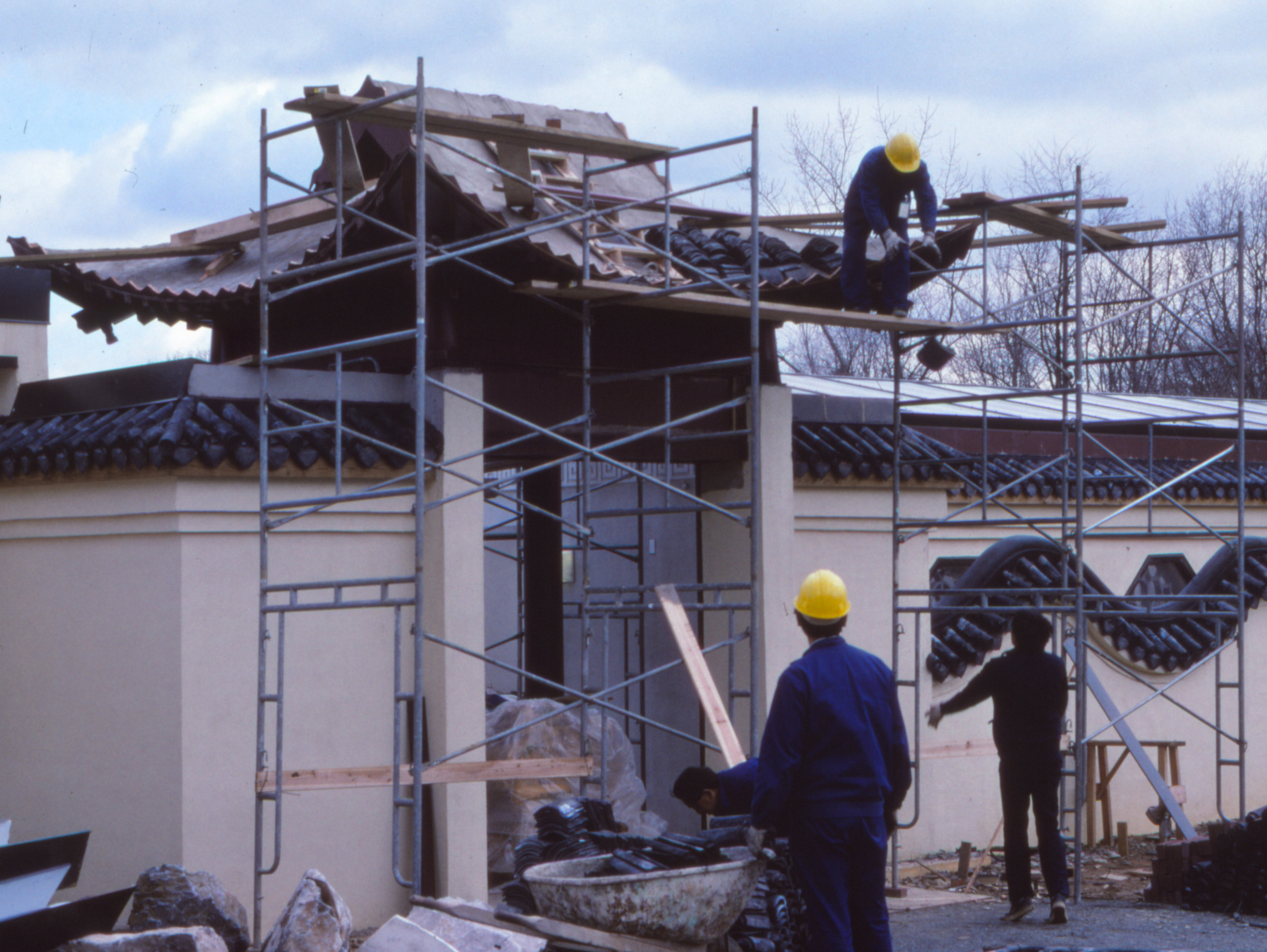 Early construction of the Chinese Pavilion