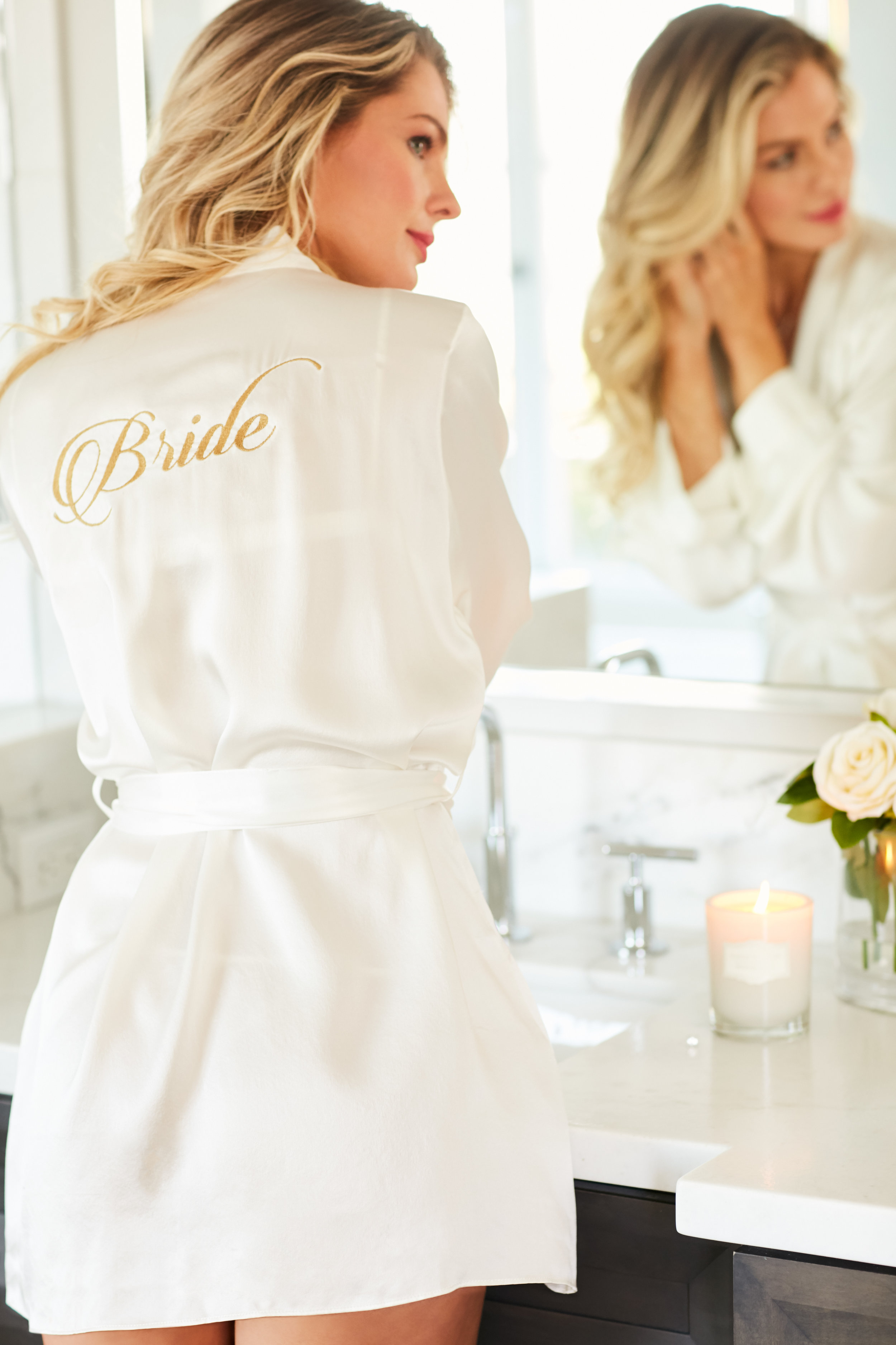 Short_Silk_Robe_Bridal_Embroidery_Naked_Princess.jpg