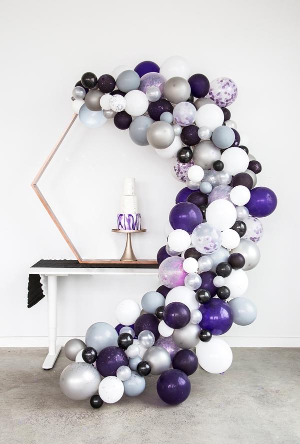 ultraviolet-purple-wedding-cake-balloon-garland.jpg