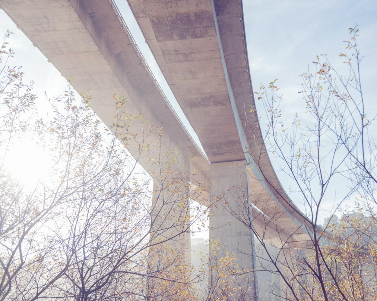 16-Motorway bridge-102-24.jpg