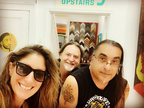 #fbf to last night ... Maria visited the local art gang @piersantistudios and Owner, @mcinerney.john of @hudcoart , our go-to art supply store here in #jcheights ...swing by to check out Piersanti's newest indoor wall mural and art exhibition!  #shoplocal #artforsale