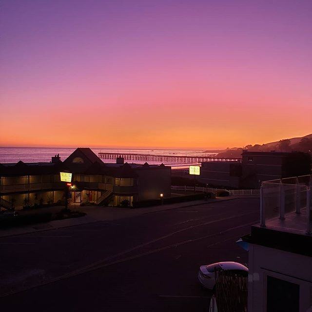 Another unfiltered Beach Bums Cayucos sunset...our deck has great views. #fall #beachtime #playoffbaseball #slocounty #oceanavenue