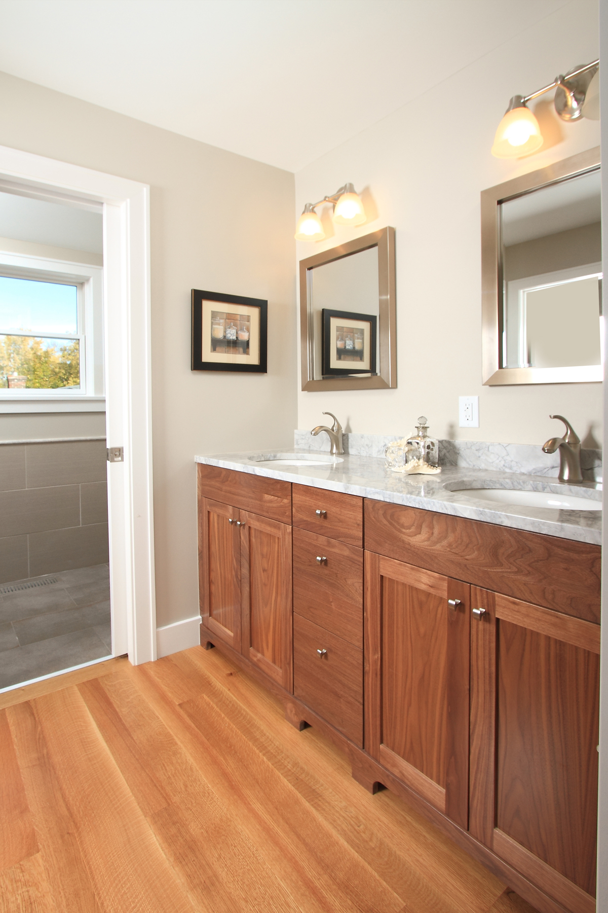 mls_master bathroom1.jpg