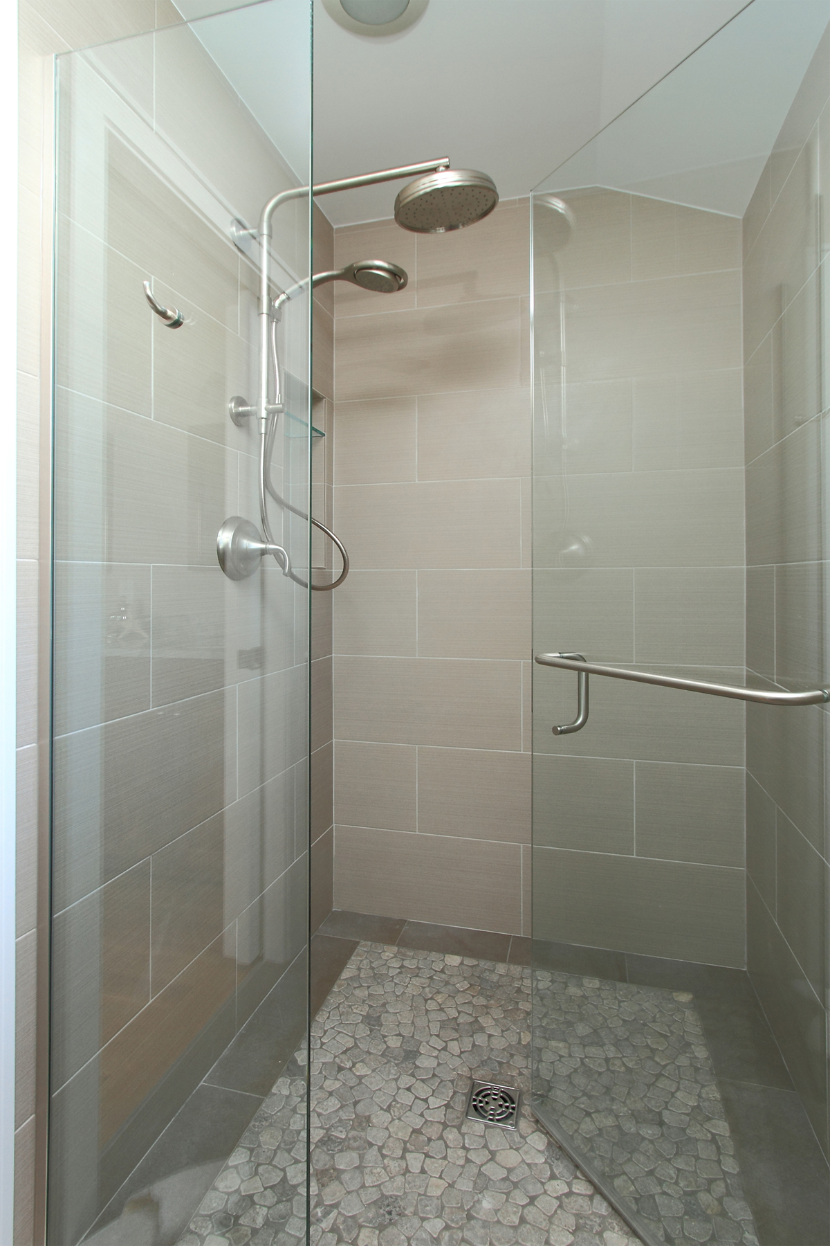 web_master bathroom2.jpg