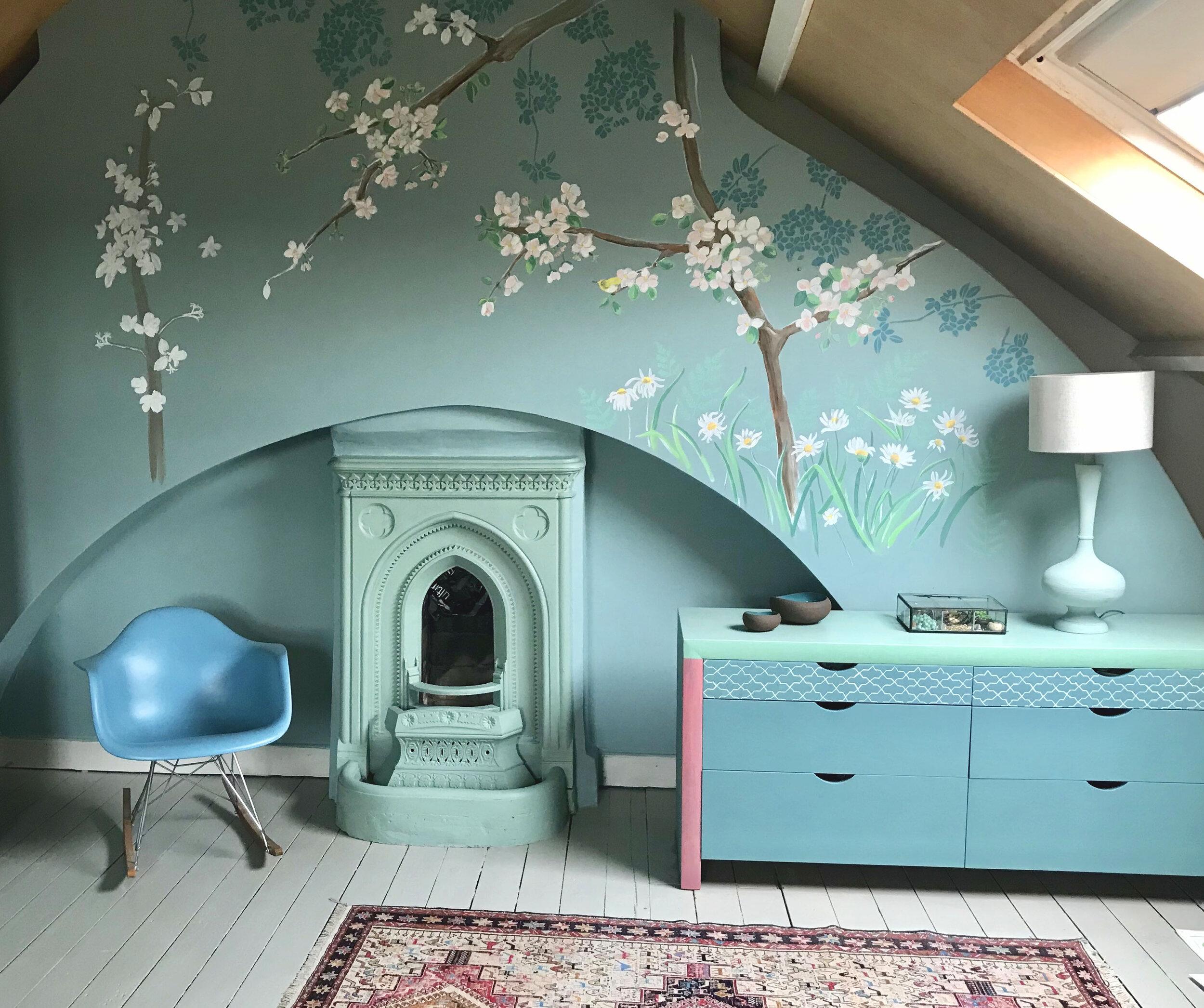 bedroom mural.jpg