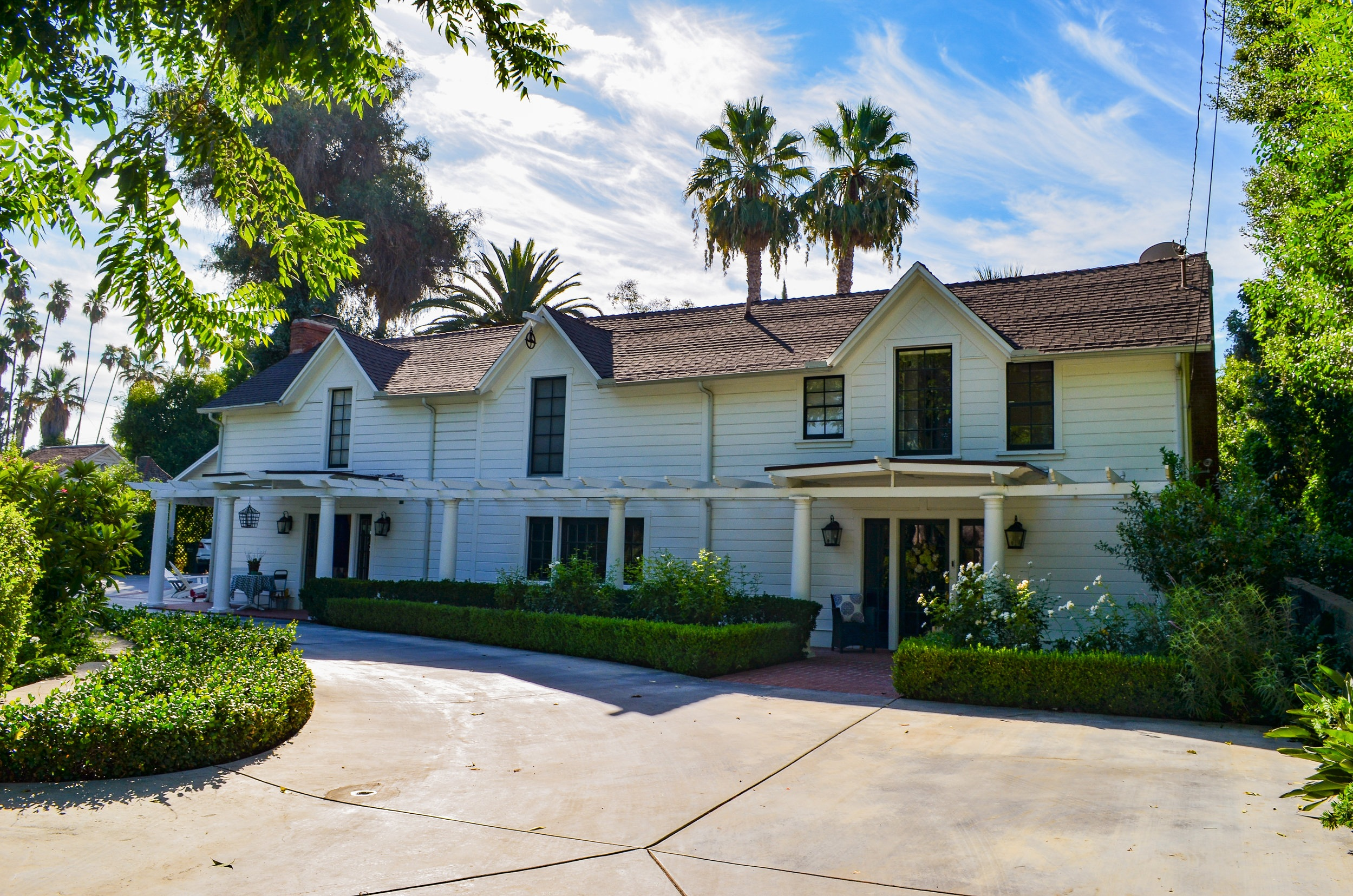 Save the Date: Our Holiday Home Tour & Boutique Weekend Returns Dec 7-8! - Join us for a Redlands Holiday Tradition! Our 52nd Holiday Home Tour will be held on Sunday Dec. 8th and our 40th Annual Boutique & Pantry will be held on Dec. 7th & 8th at the YMCA on 500 East Citrus Ave in Redlands!Visit the homes on the Home Tour from 9:30am-4:30pm. Home Tour may begin at any location anytime between hours listed above. Our Holiday Home Tour serves as a fundraiser for our Legal Aid Clinic, which provides quality legal assistance for 850+ individuals each year.Learn More