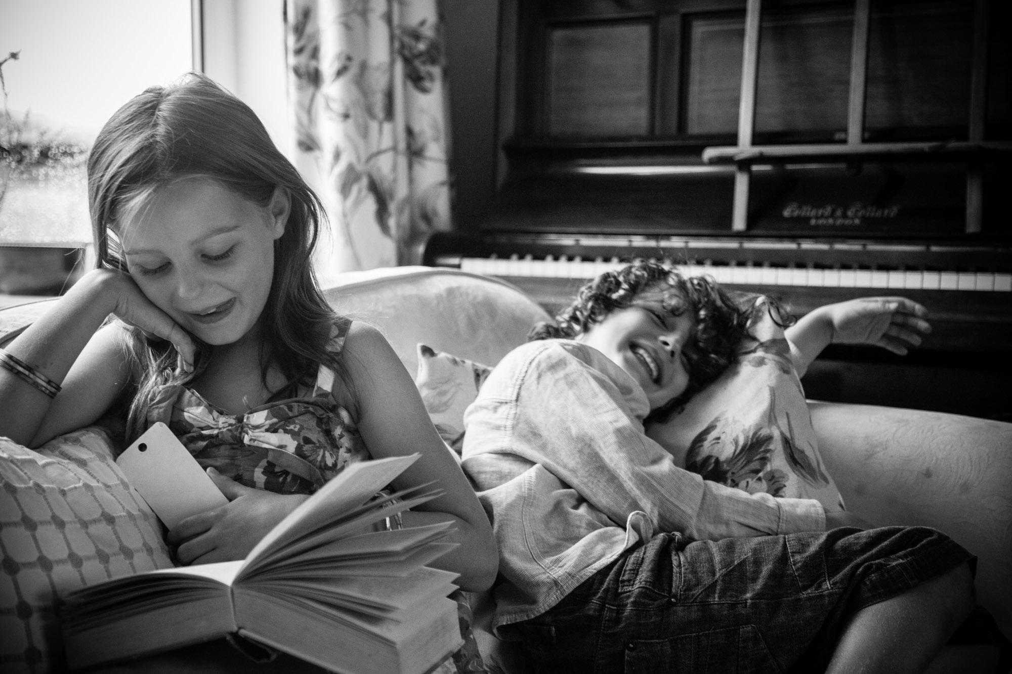family-life-family-photographer-oxford-london-jonathan-self-photography-4.jpg