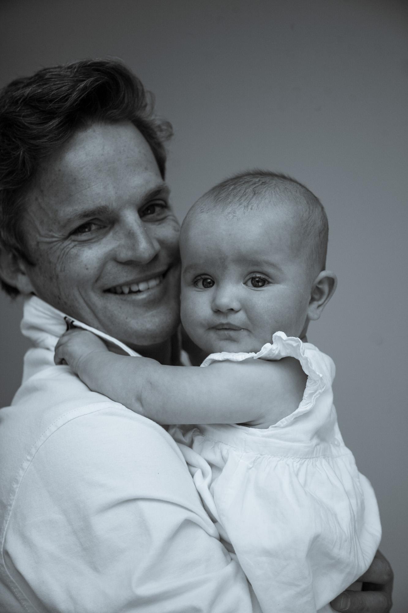 family-life-family-photographer-oxford-london-jonathan-self-photography-5.jpg