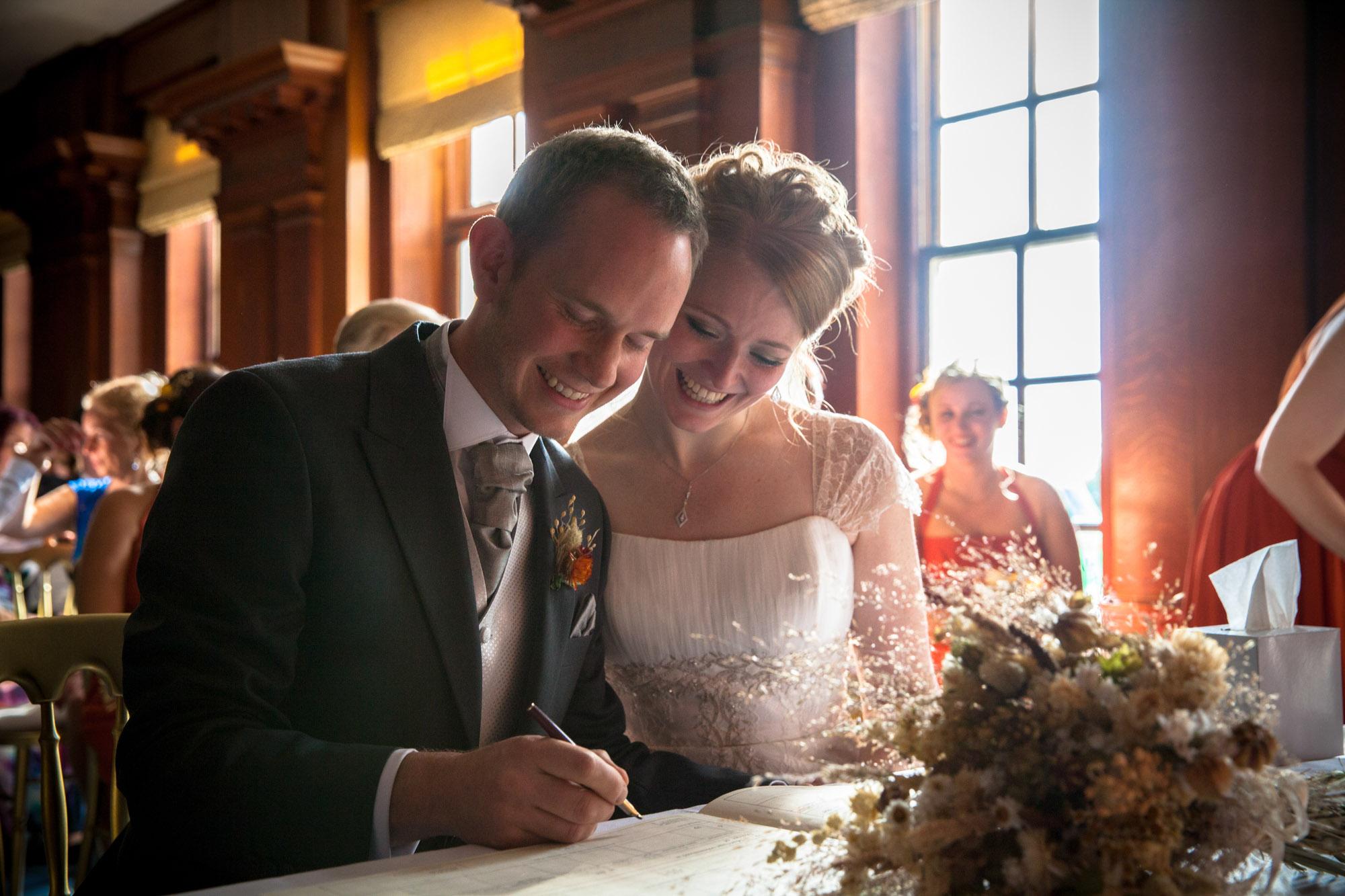 weddings-couples-love-photographer-oxford-london-jonathan-self-photography-38.jpg