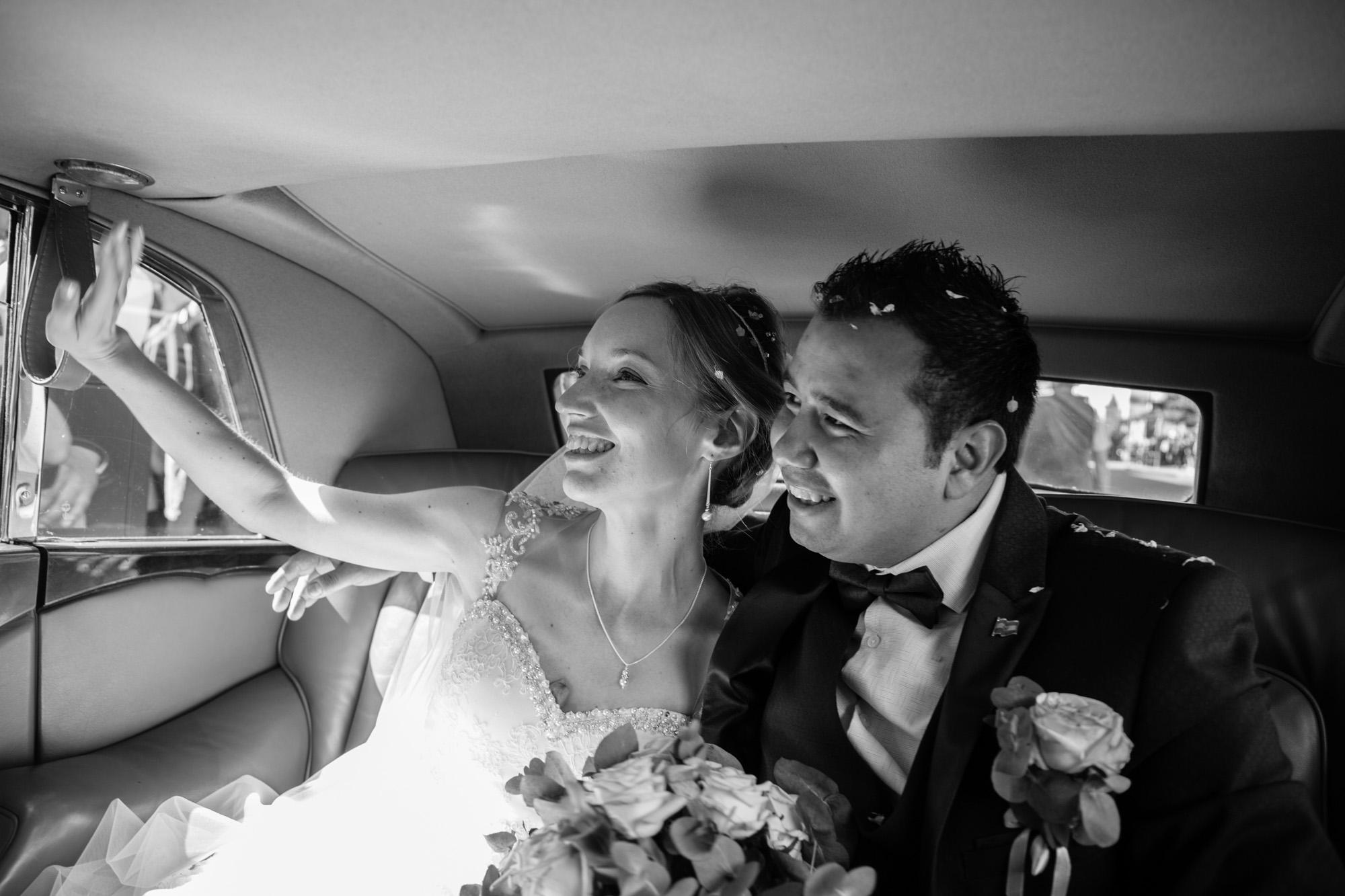 weddings-couples-love-photographer-oxford-london-jonathan-self-photography-50.jpg