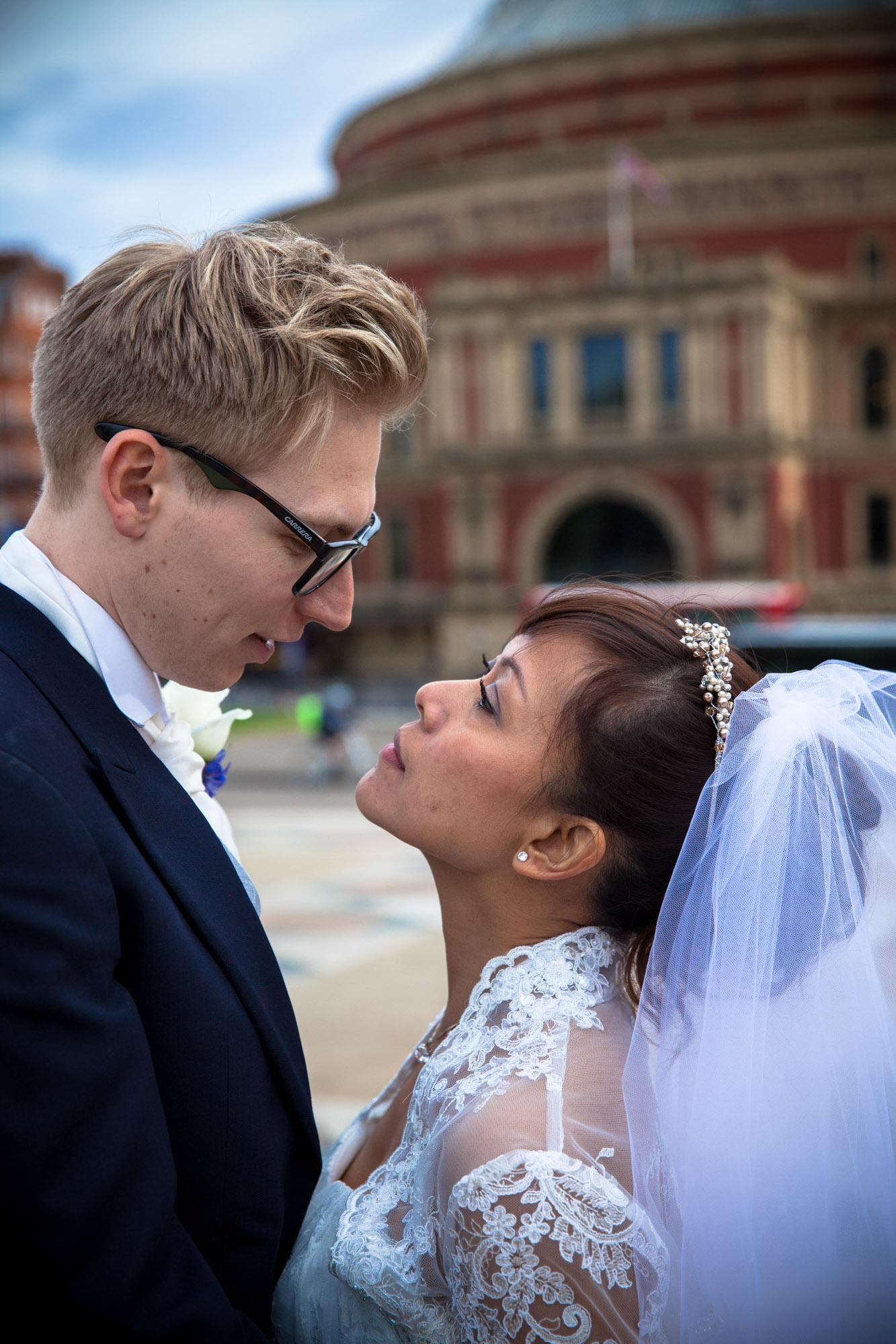 weddings-couples-love-photographer-oxford-london-jonathan-self-photography-70.jpg