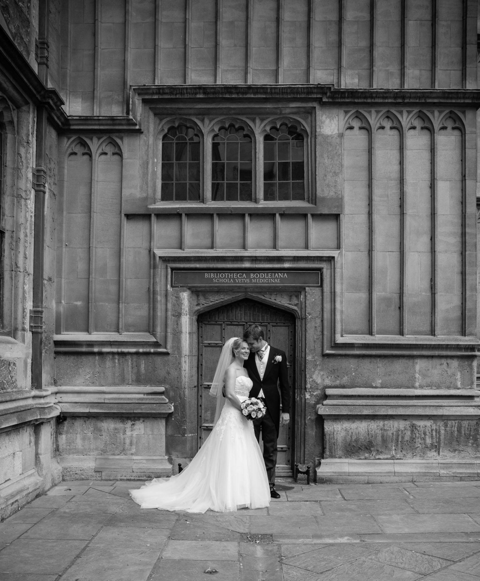 weddings-couples-love-photographer-oxford-london-jonathan-self-photography-75.jpg