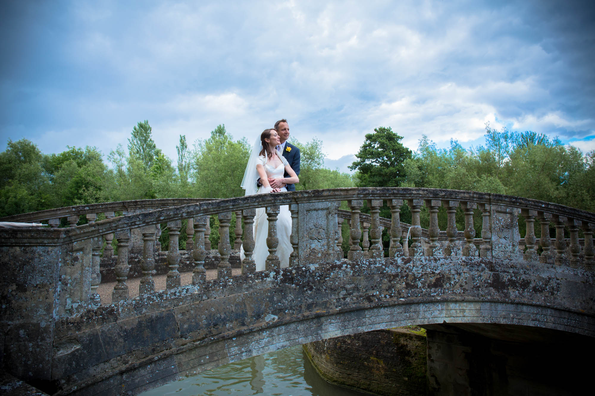 weddings-couples-love-photographer-oxford-london-jonathan-self-photography-78.jpg