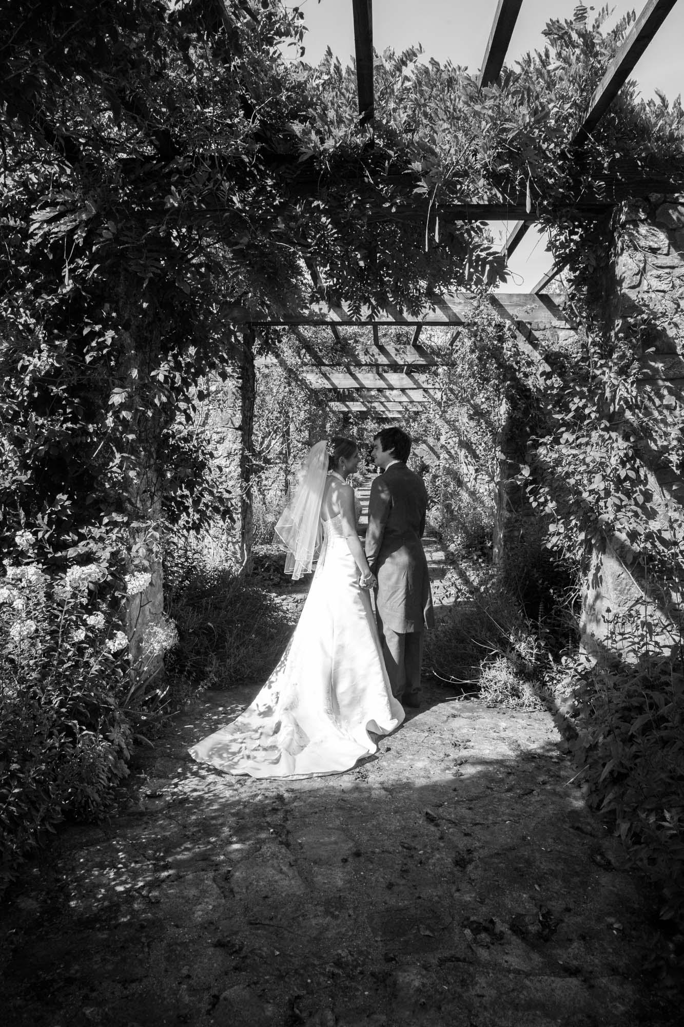weddings-couples-love-photographer-oxford-london-jonathan-self-photography-77.jpg