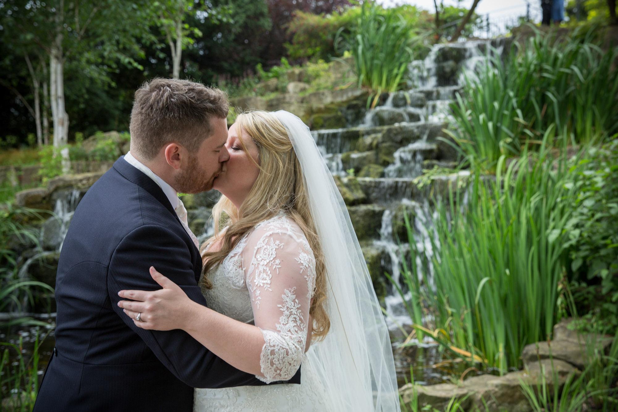 weddings-couples-love-photographer-oxford-london-jonathan-self-photography-91.jpg