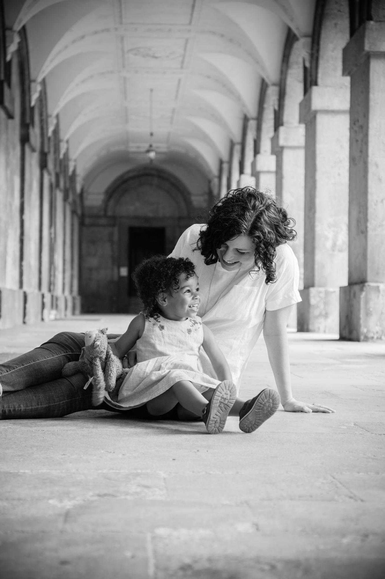 family-life-family-photographer-oxford-london-jonathan-self-photography-18.jpg