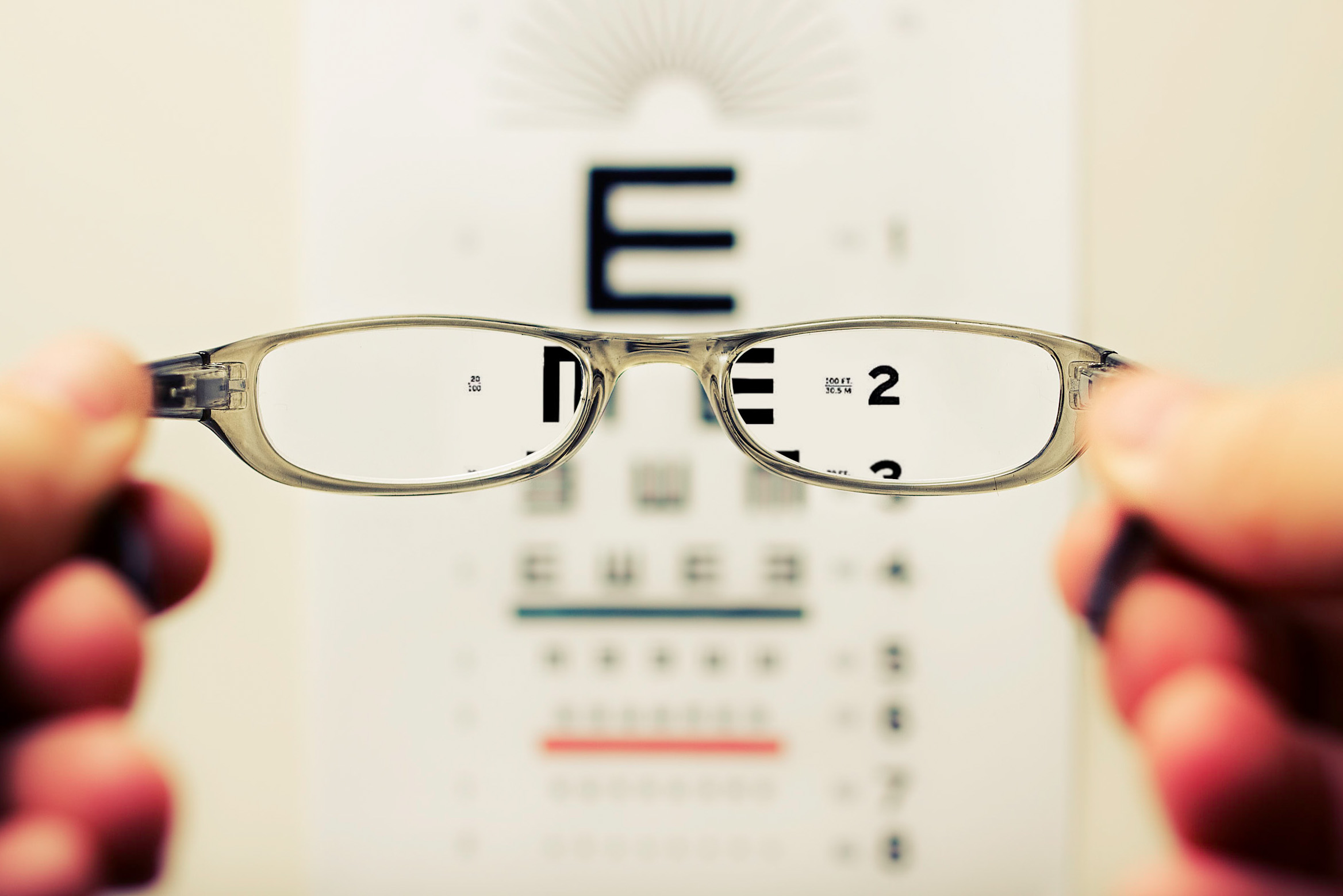 Private eye tests - We carry out meticulous eye consultations with care and support.
