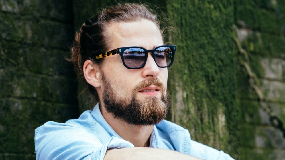 Hook - British eyewear brand, inspired by music and designed in London