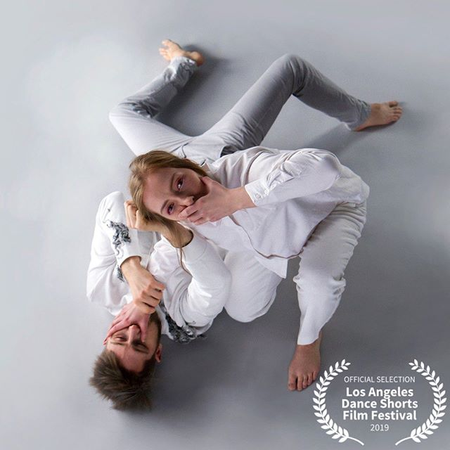 2019 Official Selection: Blind ——————————————————— Blind is a dance short film about how the routine of everyday encounters escalate into a struggle of egos. What becomes of love in a relationship where the other becomes so obvious that you no longer can see. Directed by Katariina Räty. @ratykatariina