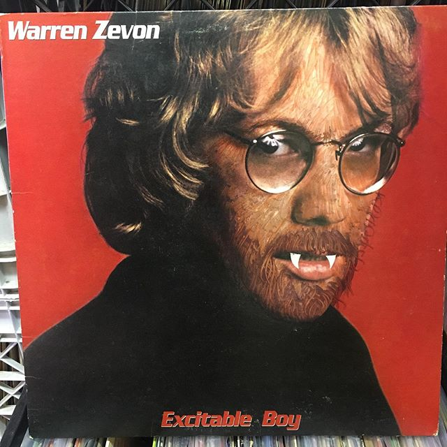 Took me a couple minutes to realize something was wrong here.... I also kind of think this should increase the value. #records #coverart #recordcovers #warrenzevon #recordstores #wolfmanzevon