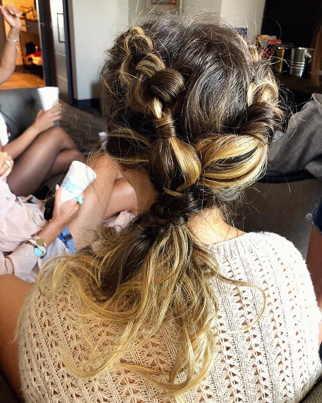 Double dutch braids with a twist for a fun bachelorette braid bar ✨ Braid bars = my new favorite thing! Such a fun way to celebrate with your girls!