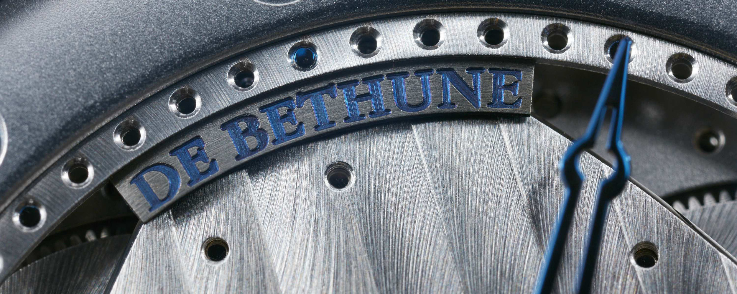 HEADERS_DeBethune_05_site.jpg